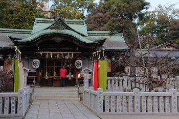 芦屋神社拝殿