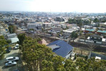 ヨドコウ迎賓館のバルコニーから芦屋川の眺め
